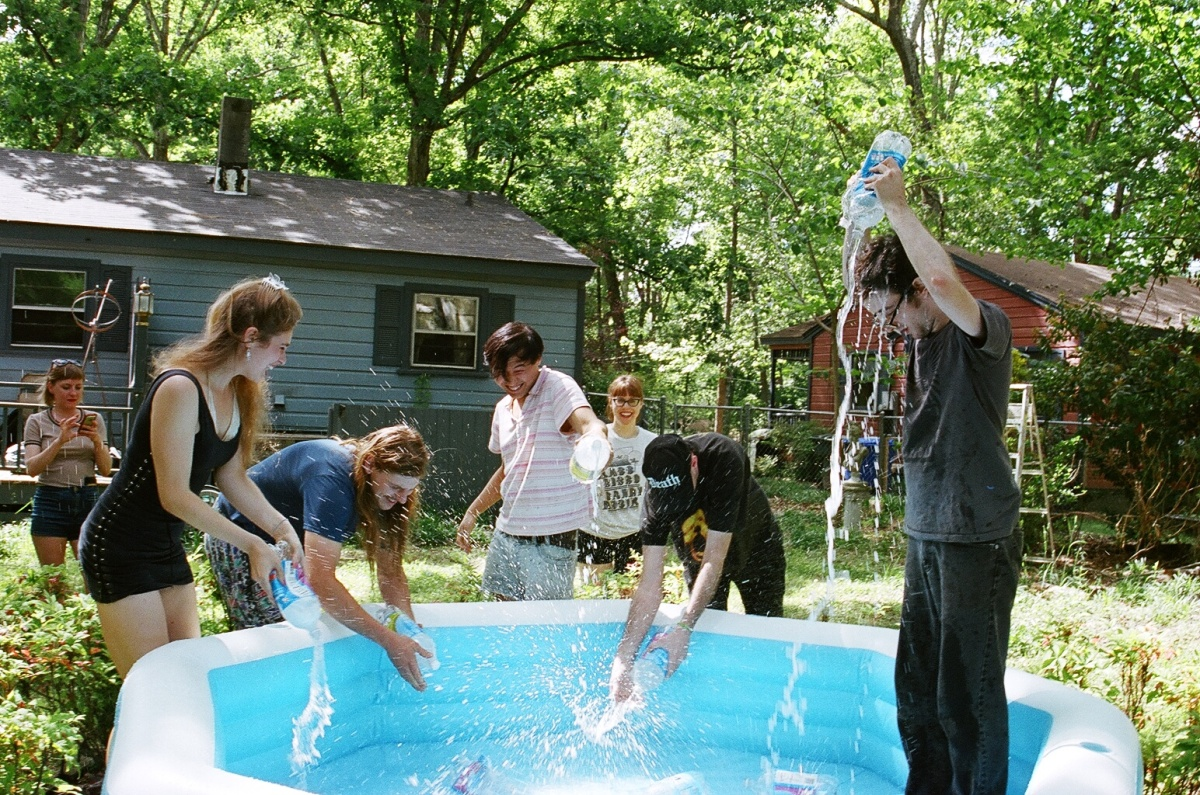 FILLING THE KIDDIE POOL WITH SELTZER.